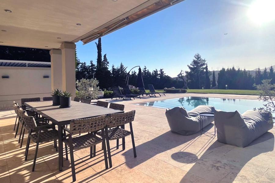 Villa, Athens